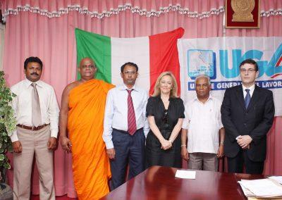 Con il Senatore Buddista e il Ministro del lavoro a Colombo Sri-Lanka