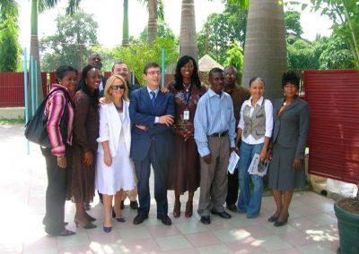 con la stampa ad Abuja